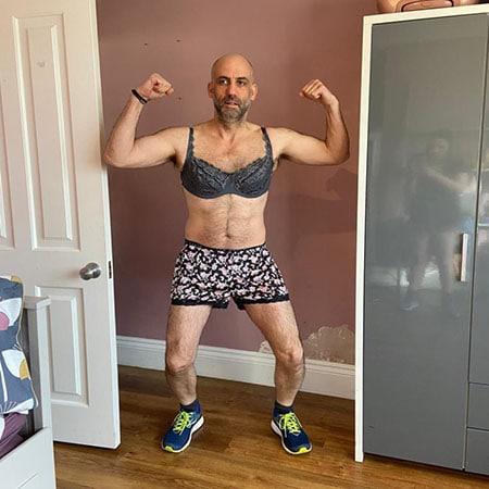 Sams husband showing off new Joe Wicks exercise attire
